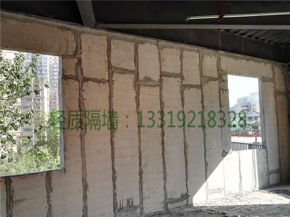 硅酸钙轻质隔墙板介绍